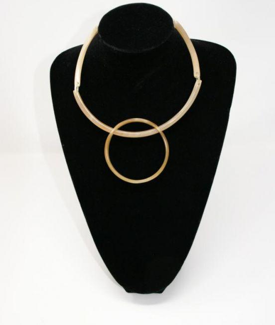 Stephissimo Pale Horn Geometric Collar