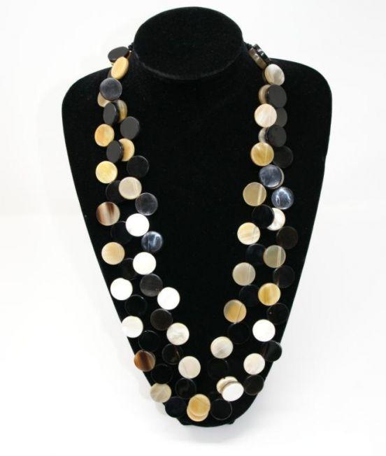 Flat discs horn necklace