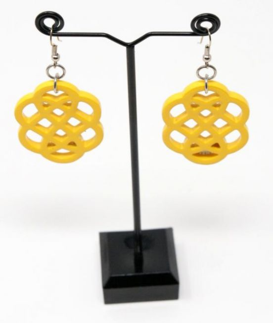Indochineur Oxhorn Flower Earrings - yellow lacquer