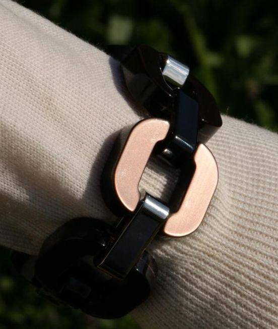 Wearing a Xavier Derome Brown / Metallic Reversible Bracelet