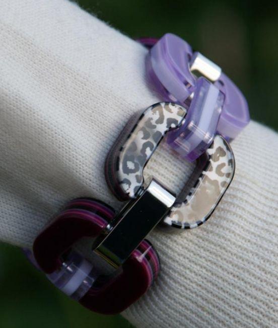 Xavier Derome Pink and Purple bracelet close up pattern side