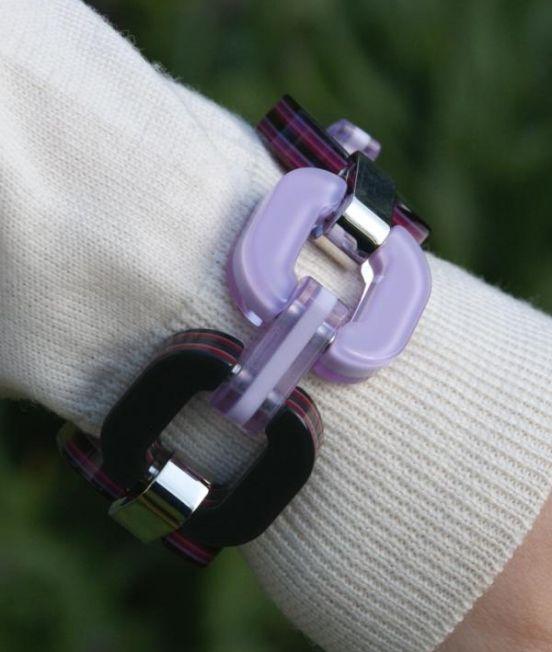 Xavier Derome Pink and Purple bracelet close up plain side
