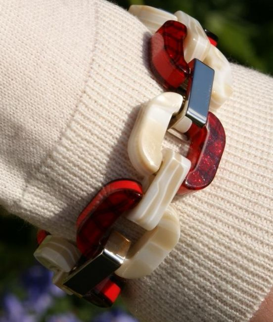 Xavier Derome Reversible Braclet in Red and White, reverse side when worn