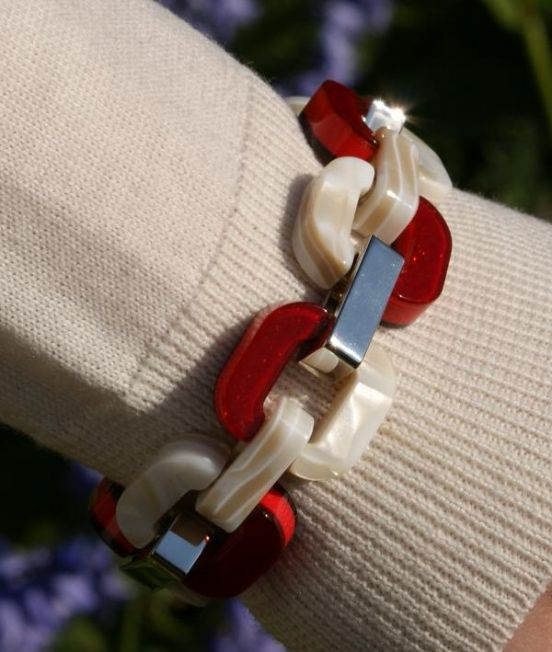 Xavier Derome Reversible Braclet in Red and White, one side when worn